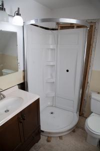 IWMH1011 - Bathroom Before - 3
